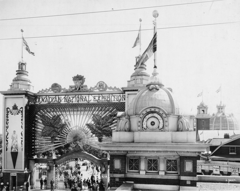 1920 - The beautiful architecture of the second Dufferin Gate, designed by architect GW Gouinlock