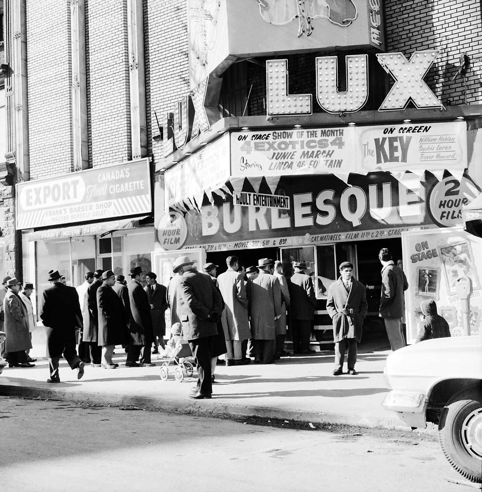 1960 - Patrons outside of the Lux