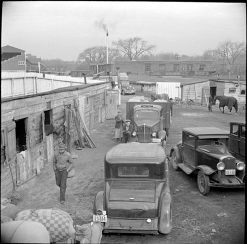 1941 - Horse stalls at the racetrack
