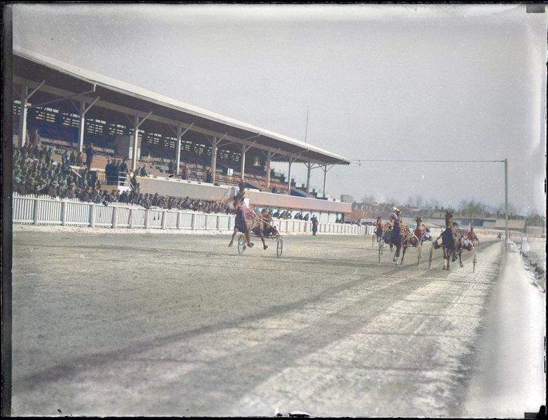 1933/46 - Harness racing at Dufferin Park