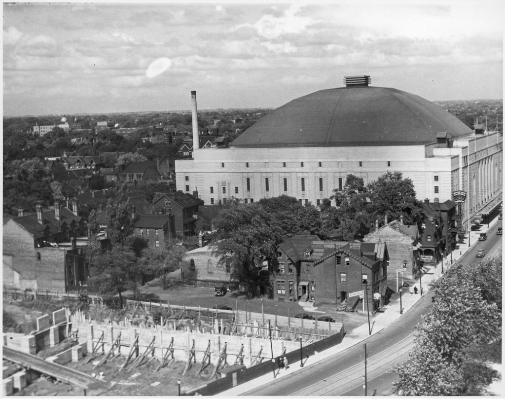 1934 - The Gardens and its massive dome with lantern on Carlton St, looking northeast