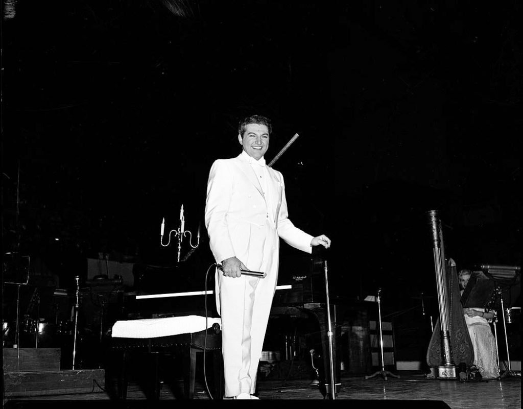 1960's - Liberace on stage at Maple Leaf Gardens