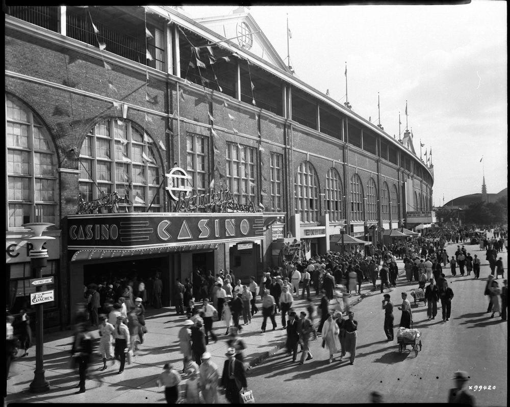 1937 - Crowds behind the third Exhibition Grandstand & Stadium
