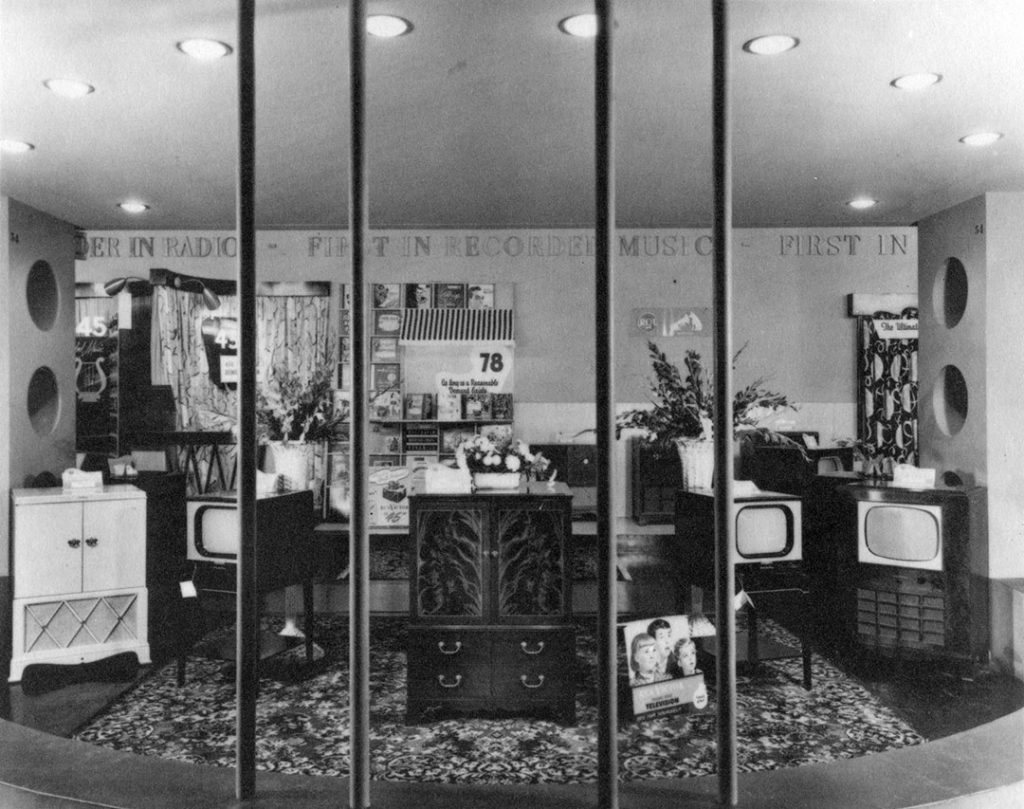 1949 - RCA Victor exhibit at the CNE