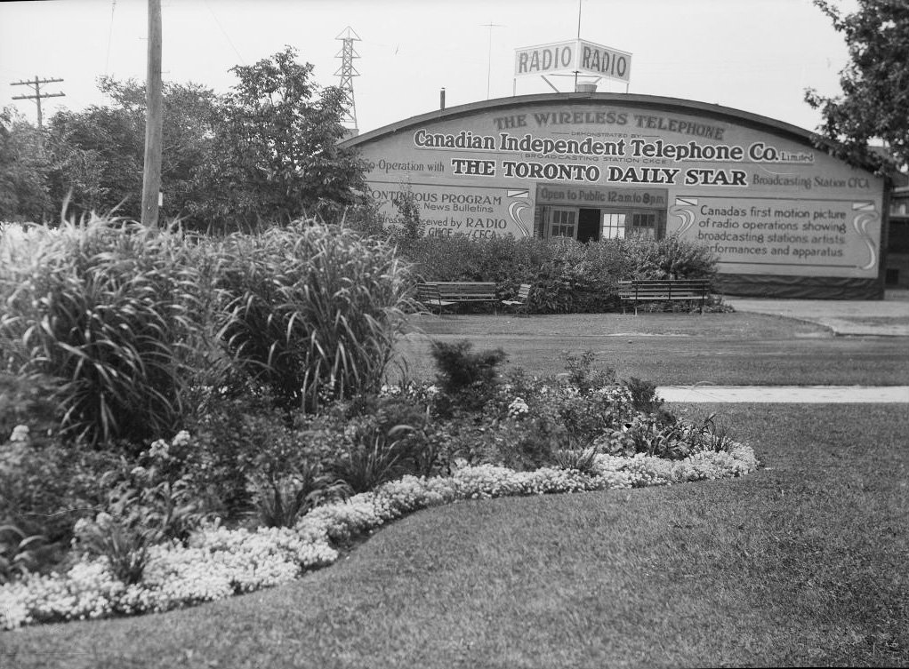 1920 - The Toronto Daily Star Radio Building at the CNE