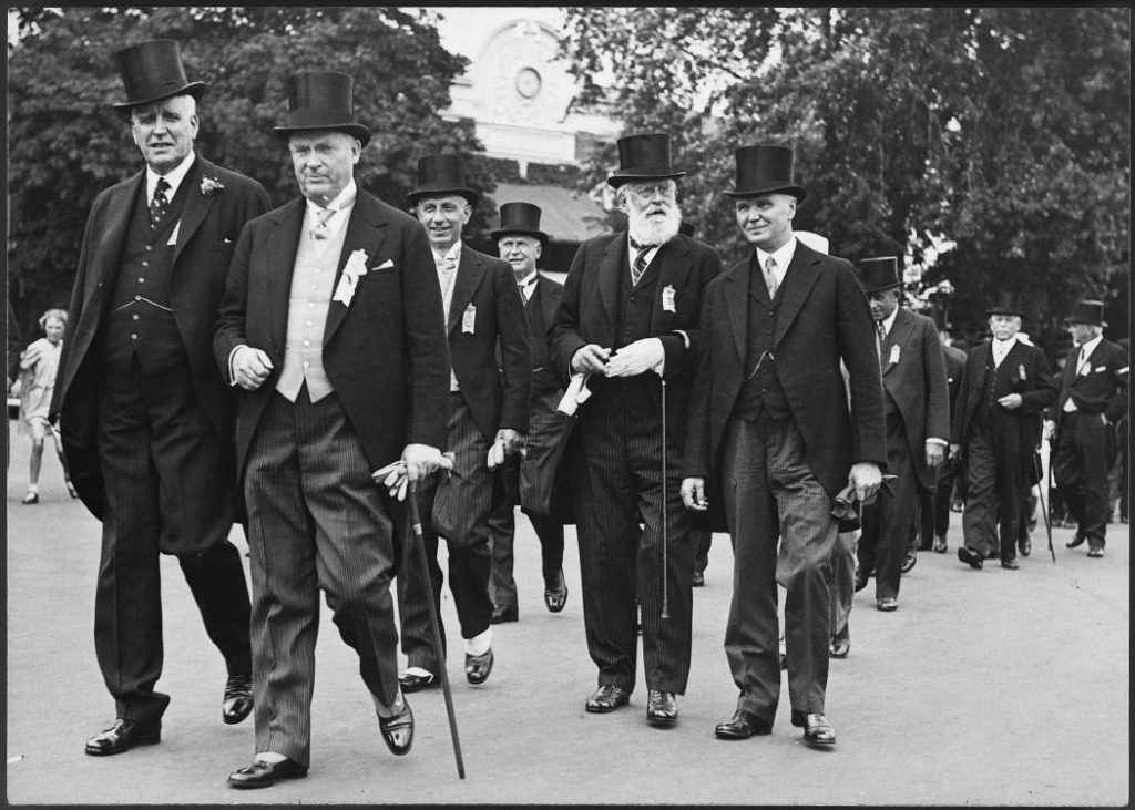 1930 - Prime Minister RB Bennett and group wearing top hats and 3-peice suits with long jackets