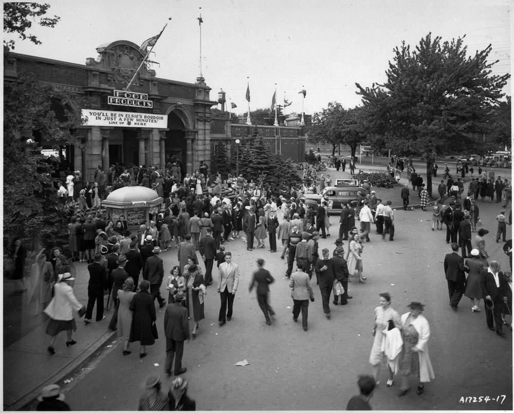 1940 - Pure Food Building, the previous food building at the CNE