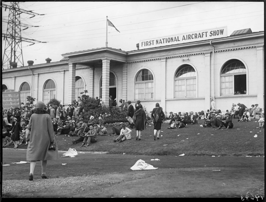 1928 - The front of the Exhibition's Aircraft Building