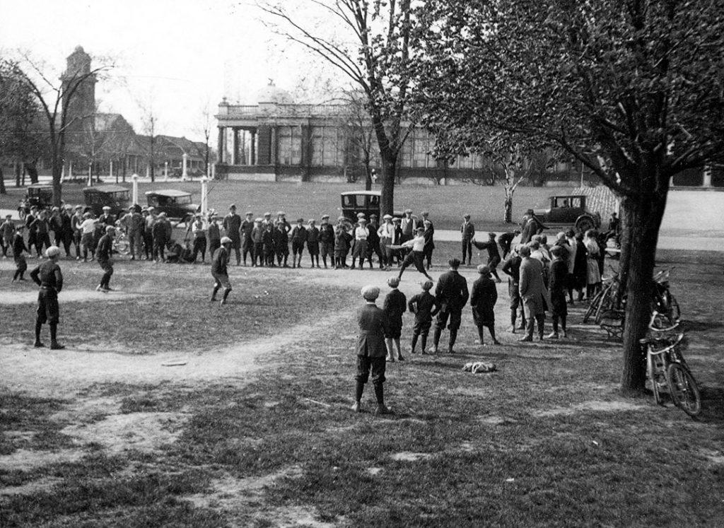 1912 - Baseball game at the CNE