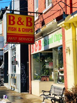2019 - B&B Fish & Chips at 1116 Queen St E