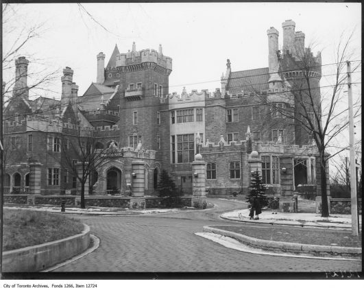 1928 - Casa Loma Hotel once at 1 Austin Terrace, converted to a hotel and was in operation from 1926 to 1929