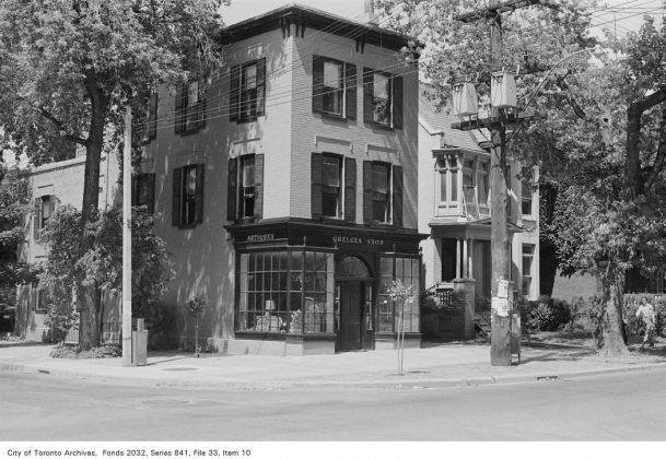 1972 - Chelsea Shop at 386A Huron St (at Sussex Ave)