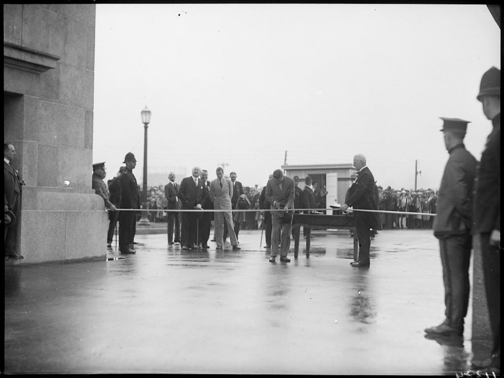 1927 - The Prince of Wales opening the Princes' Gates at the CNE