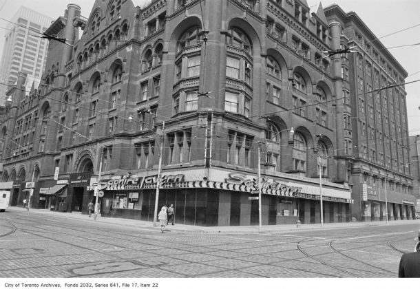 Sapphire Tavern once at 20 Richmond St E, at Victoria St