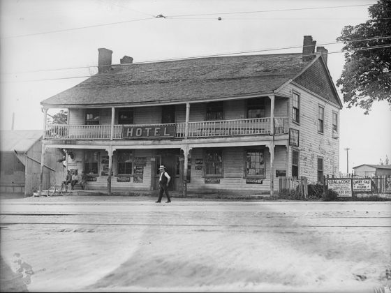 1926 – The Half Way House was a hotel, an apartment and later a store once at Kingston Rd and Midland Ave on the northwest corner and, in 1966 this house was moved to Black Creek Pioneer Village