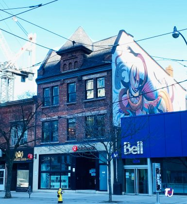 2021 - Lululemon at 318 Queen St W