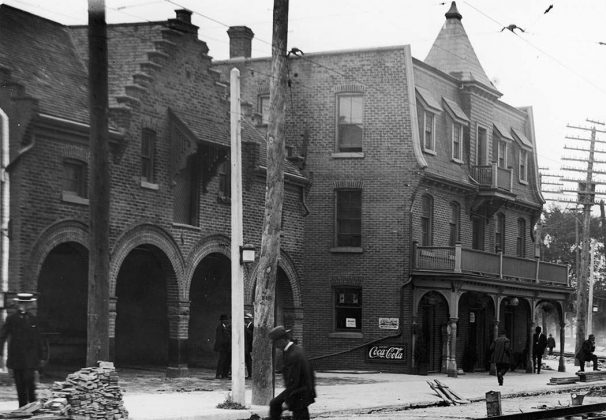 1912 - Peacock Hotel once at 2762 Dundas St W, near Keele St - building no longer exists