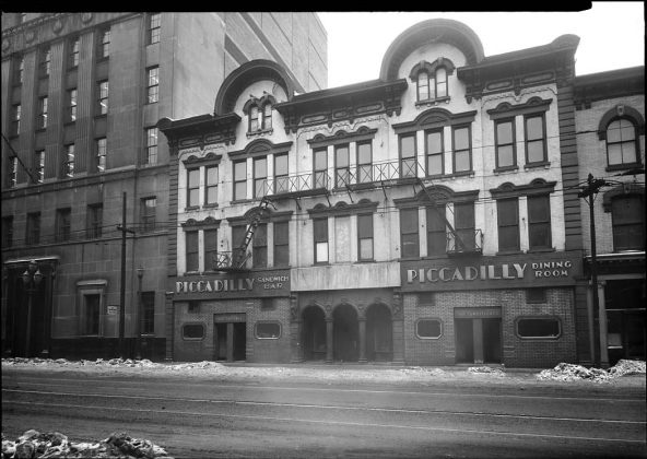 1950's - Piccadilly Hotel, Sandwich Bar, Dining Room once at 104-108 King St W, north side between Bay and York Sts