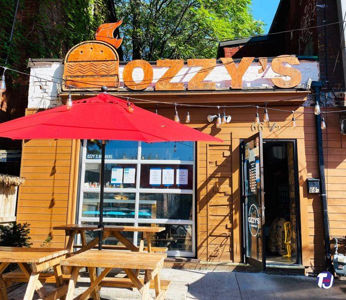 Ozzie's Burgers at 66 Nassau St in Toronto (2020)