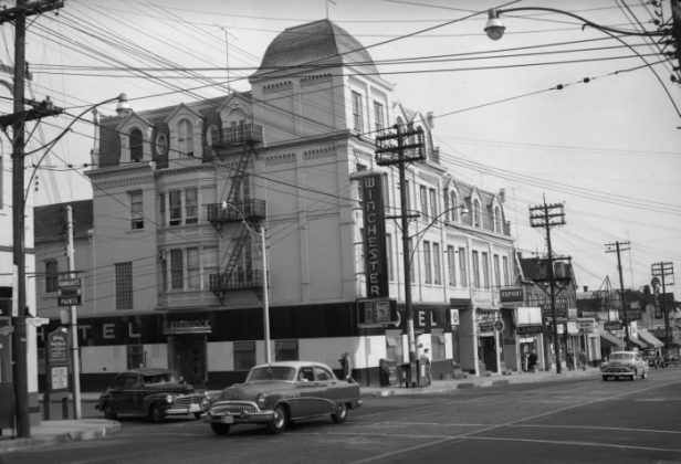 1954 - Winchester Hotel once at 531-537 Parliament St, at Winchester St
