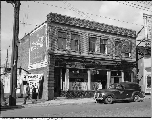 1945 - A Good Hotel once at 572 Bay St, west side between Louisa St (street now gone) & Dundas St W - building no longer exists