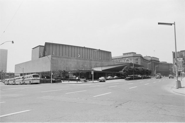 1972 - O'Keefe Centre once at 1 Front St E at Yonge St, southeast corner - now Meridian Hall