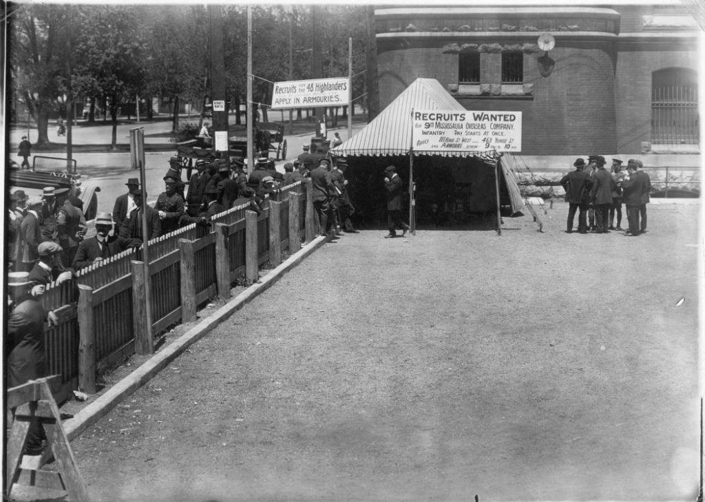 1914 - Recruiting tent at the University Avenue Armouries