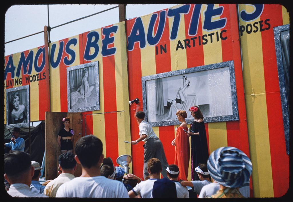 1950's - Knife throwing on The CNE Midway