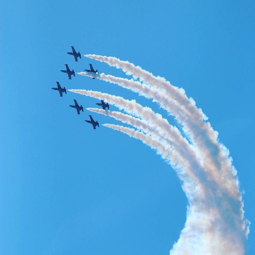 2010's - Jet Team performing in the Canadian International Air Show